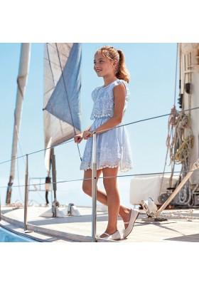 Vestido popelin bajo bordado de MAYORAL para niña modelo 6977