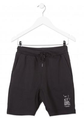 Bermuda LOSAN niño de felpa en color negro con estampado en pierna