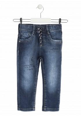 Pantalón de felpa efecto vaquero con cordón decorativo para niño. Losan 915-6033