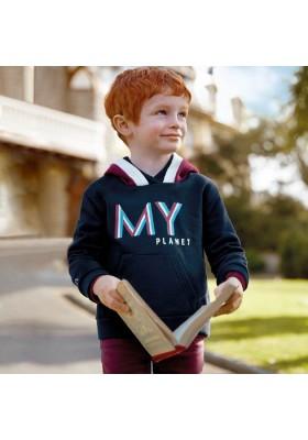 Pullover capucha tricolor de Mayoral para niño modelo 4431